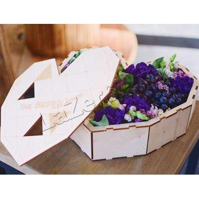 Купить коробочка в форме сердца